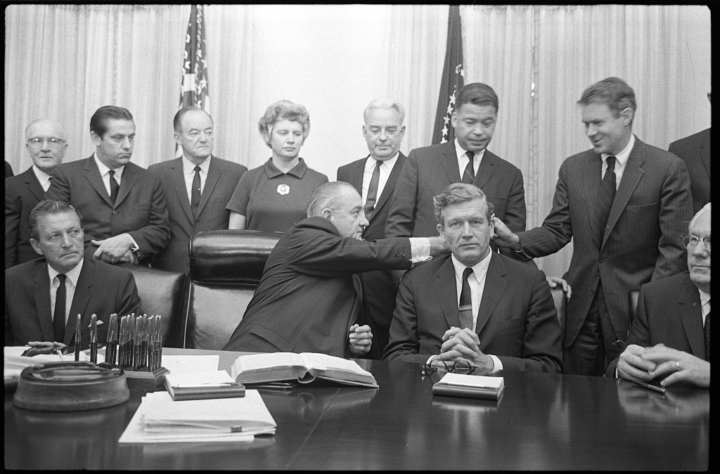 b&w photo of President L.B. Johnson with some members of the National Advisory Commission on Civil Disorders (Kerner Commission) in the Cabinet Room of the White House